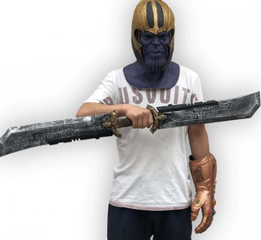thanos espada doble